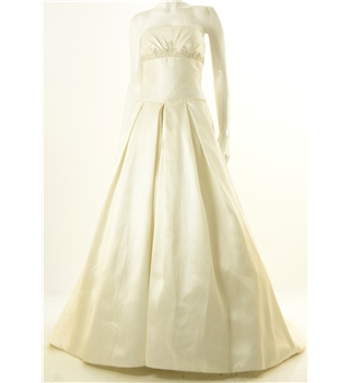 Size 12 ivory strapless wedding dress with filigree for Oxfam wedding dress shop