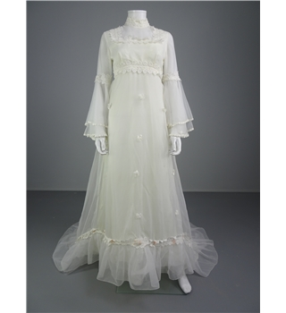 Classic 1970 39 s style high neck line illusion panel size 12 for Oxfam wedding dress shop