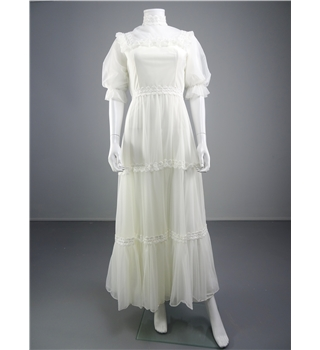 Handmade 1970 39 s style white wedding gown with tiered skirt for Oxfam wedding dress shop