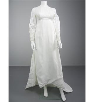 Elegant handmade 70 39 s inspired white size 10 wedding gown for Oxfam wedding dress shop