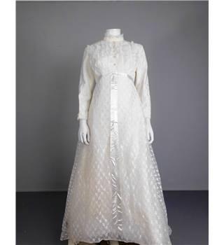 Vintage 1970 39 s size 12 handmade bridal gown oxfam gb for Oxfam wedding dress shop