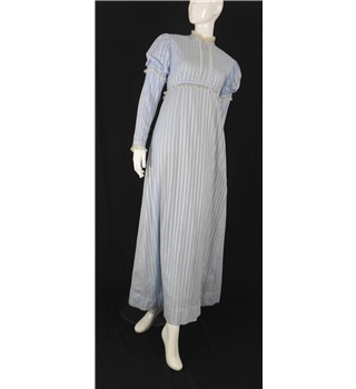 Vintage late 1960's Handmade Bespoke Size 6-8 Victoriana Style Finest Swiss Lawn Cotton Light Blue Bridesmaid Dress