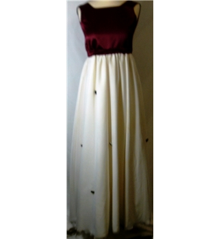 Tours les joursn age 12 Tours les joursn age 12 - Size: XL - Cream / ivory - Long dress