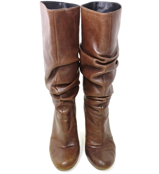 Gina Size 3.5  Luxury Designer  Soft Brown Leather Ruched Boots