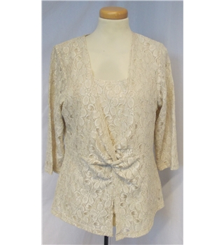 BNWT Alex & Co size 12 natural top