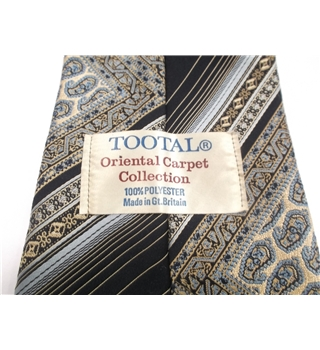 Tootal Designer Tie Navy With Part Cream Paisley Design
