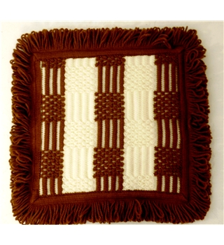 Retro Knitted Place Mat