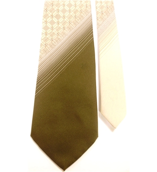 Tootal Khaki Green and Oyster Patterned Tie