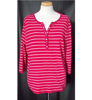 "Bon Marche Size: 38"" bust red top"