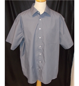 M&S - NWOT - Size: XL - Grey - Short sleeved shirt