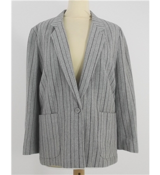 Snugkoat Size 12  Grey with pinstripe single breasted Deep V Blazer
