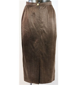 Country Casuals calf length skirt size 8 brown Country Casuals - Size: 8 - Brown