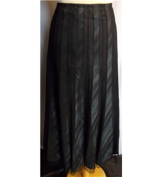 Per Una - Size: 14 - Black - Long skirt
