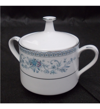 Noritake Blue Hill # 2482 sugar bowl lidded