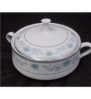 Noritake Blue Hill # 2482 vegetable tureen