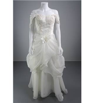 S Pretty House Size S White Wedding Dress With Ivory Embroidery