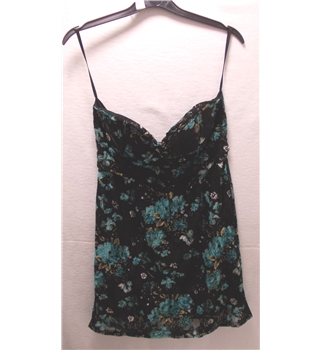 Women's cress by Boohoo black and blue flower design size 10