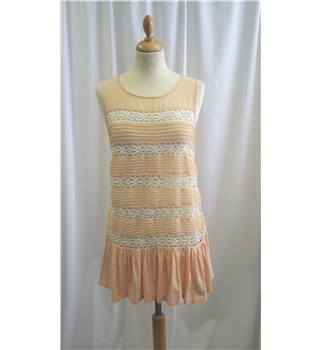 Topshop - Size: 8 - Peach and White - Top