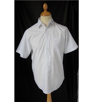 "NWOT M&S Collection Size: 15.5"" collar White Short sleeved shirt"
