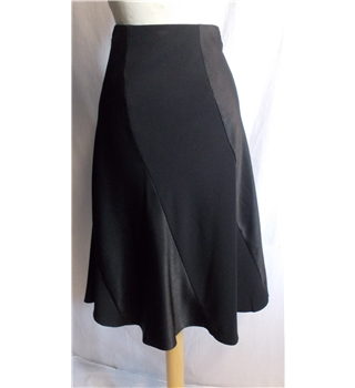 Twiggy for Classic M&S size 12 black skirt