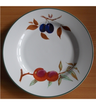Royal Worcester Evesham Vale porcelain dinner plate