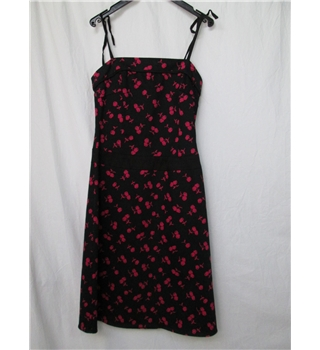 Red Herring Black knee length dress size 8