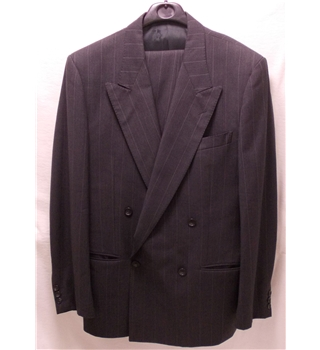 Men's suit & trousers by Valentino size 48 reg trousers size 34/38 leg