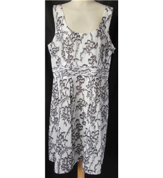 Loft - Size: 16 - Grey and white - Sleeveless dress