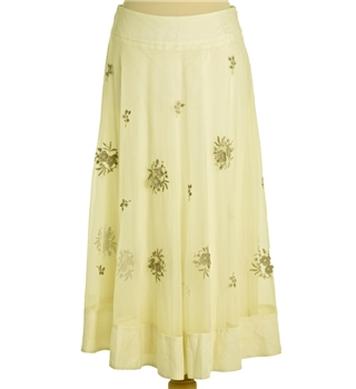Coast  Size 10 Long Flared Ivory Skirt