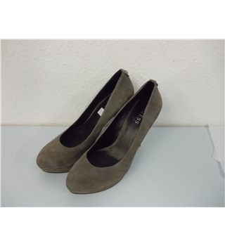 GUESS High Heel Suede Shoes Neutral Mushroom Size 41 UK 8