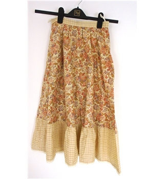 For the Love of Folk Collection: Vintage 1970s Handmade Size 6 Cream Skirt With A Salmon And Lilac Floral Print A Flounce