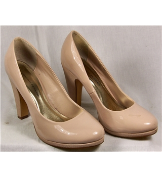 Natural Coloured Court Shoes