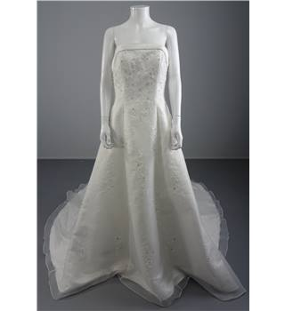Sincerity Bridal Size 14 Ivory Strapless A Line Wedding Dress With Floral Embroidery