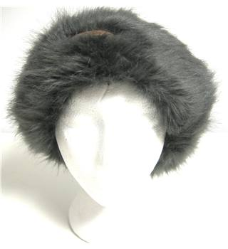 Hawkins Grey Cable Knit Winter Hat with Faux Fur