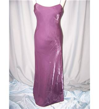 Debut - Size: 8 - Purple - Long dress