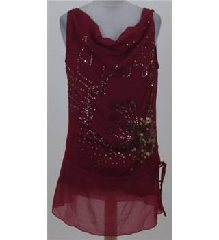 Vero Moda size: L red seeveless top