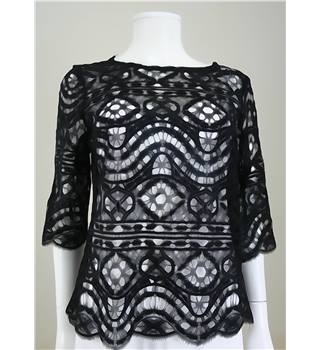 Shwopped by Millie Mackintosh - Miguelina size S black crochet top