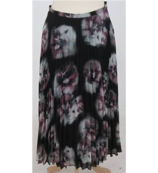 Monsoon size: 8 black mix floral skirt