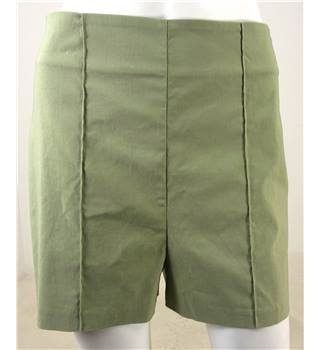 BNWT ASOS Size 10 Pea Green High Waisted Shorts