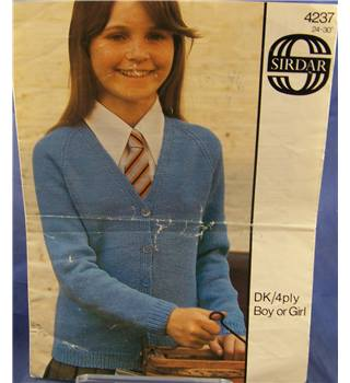 Vintage Vintage Sirdar 4237 Girl's 'V' Neck Cardigan Knitting Pattern