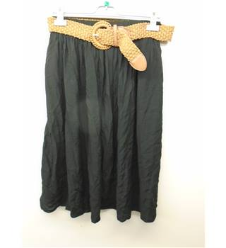 peacocks - Size: 12 - Black - Knee length skirt