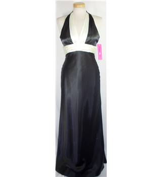 "BNWT Morgan & Co. size 4 (bust 32"") black and ivory long dress"