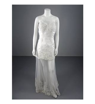 Light In The Box Size: 8 White Lace Wedding Dress With Illusion Skirt