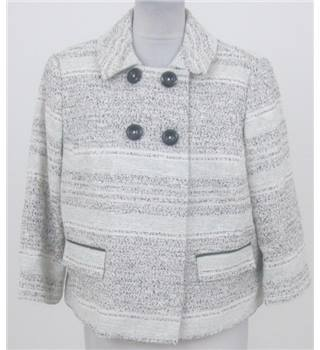 NWOT Marks & Spencer size: 16 White Jacket with green and black pattern
