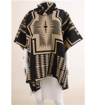 Pendelton - The Portland Collection One Size Black And Beige Aztec Poncho