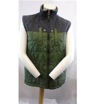 Timberland size Small black and green gilet