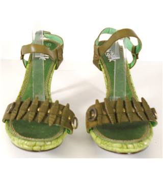 Walk Size 8 Army Green Heeled Sandal