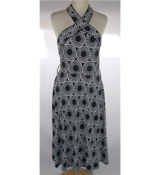 Next - Size: 8 - Black & White - Halter-neck dress