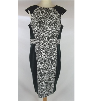 Next - Size: 14 - Black & White- Knee length dress