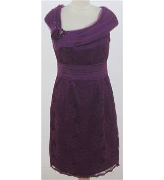 Unbranded size: 6 purple sleeveless dress